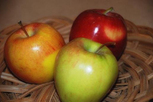 Apple Trio on Basket